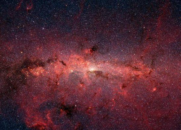 640px-Milky_Way_IR_Spitzer