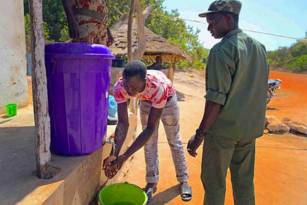 Handwashing is the first line of defense against Ebola (ebolavirusoutbreak.com).