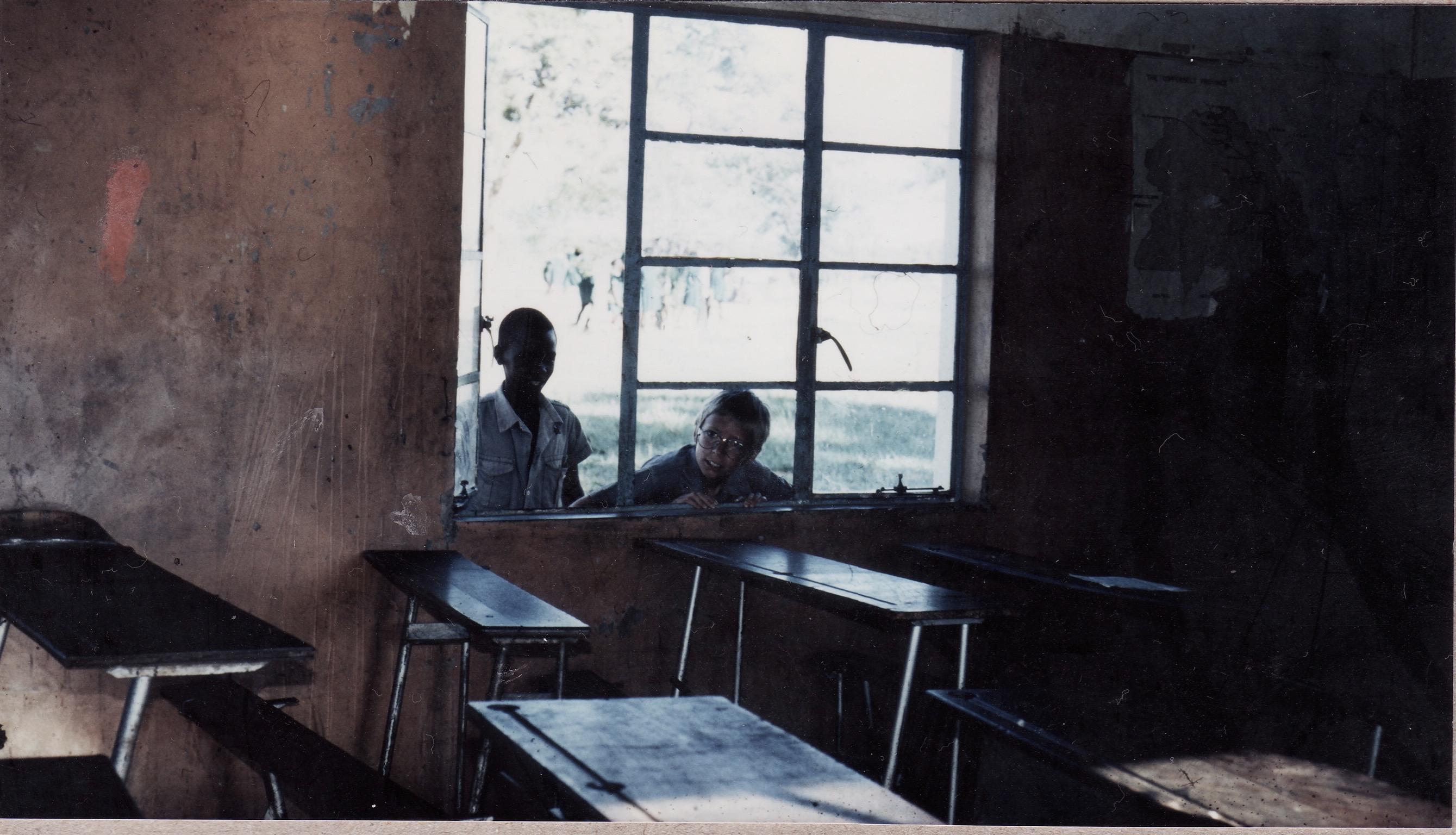 zambia_chibwe_1981_classroom